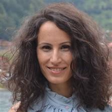 Emine Eroğlu kaya